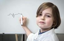 Thần đồng 8 tuổi của Bỉ vào đại học