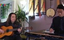 Nghệ sĩ Việt đưa tiếng đàn bầu tới thế hệ trẻ tại Canada