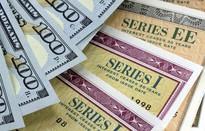 Trung Quốc giảm nắm giữ trái phiếu Chính phủ Mỹ