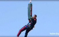 Nam tài tử Will Smith chào đón tuổi 50 bằng cú nhảy mạo hiểm