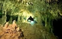 Phát hiện hang động ngầm lớn nhất hành tinh