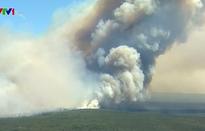 Cháy lớn do nắng nóng ở công viên Australia