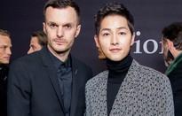 Song Joong Ki cực điển trai tại sự kiện của Dior