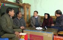 Thái Nguyên tặng quà Tết cho đồng bào nghèo