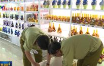 Thu giữ gần 700 chai rượu nghi trốn thuế ở Đà Nẵng