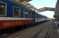 Đường sắt Sài Gòn tiếp nhận 11 toa xe đóng mới