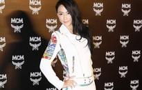 Trương Bá Chi trở lại làm việc sau khi sinh con thứ 3