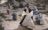 Cuộc chiến diệt trừ yêu quái gây cấn và hài hước của Thành Long trong trailer mới