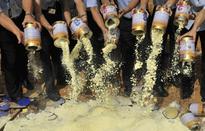 10 năm sau bê bối sữa melamine, người Trung Quốc vẫn sợ sữa nội