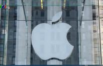 Giảm dự báo doanh thu, cổ phiếu Apple lao dốc mạnh