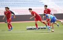 SEA Games 30: U22 Việt Nam tập luyện ngay sau trận thắng 6-1 trước U22 Lào