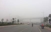 Hà Nội sương mù dày đặc, báo động tím tình trạng ô nhiễm không khí
