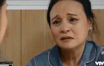 Hoa hồng trên ngực trái - Tập 36: Mẹ Thái tha thiết mong Khuê hãy trở lại