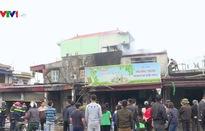 Hải Phòng: Cháy lớn thiêu rụi 4 căn nhà