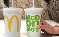 Khách hàng McDonald's phàn nàn ống hút giấy không đảm bảo chất lượng