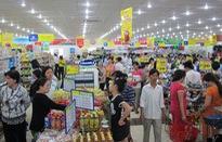 Các siêu thị giảm giá mạnh hàng nghìn sản phẩm trong dịp nghỉ lễ