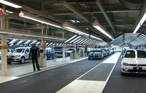 CNBC: Mỹ dự định trì hoãn việc tăng thuế lên ô tô nhập khẩu từ EU thêm 6 tháng