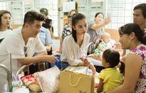Đàm Vĩnh Hưng, Hoa hậu Tiểu Vy giản dị đi từ thiện