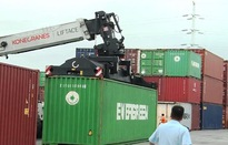 """Gần 8.600 container quá hạn vẫn """"chây ì"""" tại cảng biển"""