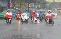 Hà Nội nắng nóng, vùng núi Bắc Bộ mưa giông