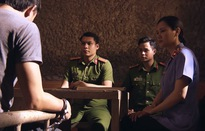 Sinh tử - Tập 46: Đang đi massage, Vũ (Việt Anh) hốt hoảng nghe tin đàn em thân tín đã bị công an tóm