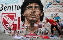 Khắp nơi trên thế giới tưởng niệm Diego Maradona