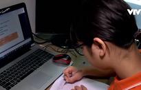 Học sinh cần duy trì học tập qua mạng trong mùa dịch COVID-19