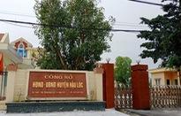 Phó Chủ tịch huyện bị bắt quả tang đánh phỏm tại trụ sở ủy ban