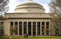 Đại học Harvard và M.I.T kiện chính quyền Mỹ về sắc lệnh mới đối với sinh viên quốc tế