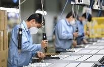 """Cắt giảm lao động, doanh nghiệp xuất khẩu """"thấm đòn"""" COVID-19"""