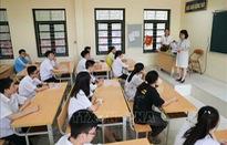 70 thí sinh ở đảo Quan Lạn về đất liền dự thi tốt nghiệp THPT 2020