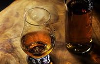 Uống bia rượu gây tổn hại sức khỏe não bộ - bất kể nhiều hay ít