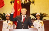 Chánh án Tòa án nhân dân tối cao Nguyễn Hòa Bình tuyên thệ nhậm chức