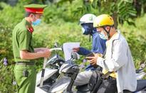 Hà Nội cấp giấy đi đường cho người dân