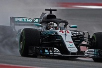 Motor racing - Hamilton's title hopes boosted by Vettel's grid drop