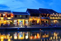 Vietnam welcomes 9 million foreign visitors