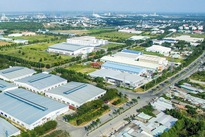 Vietnam attracts US$8.3 billion FDI to industrial, economic zones