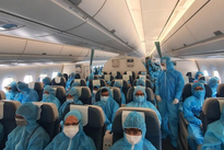 Vietnam temporarily suspends international flights