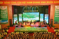 Vietnam's forestry sector celebrates 75th anniversary