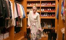 Tại sao phụ nữ có cả tủ quần áo nhưng luôn nói không có gì để mặc?