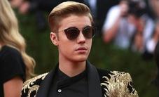 Justin Bieber bị cấm biểu diễn ở Trung Quốc