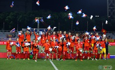 ẢNH: ĐT nữ Việt Nam thắng kịch tính trước Thái Lan, giành HCV bóng đá nữ SEA Games 30
