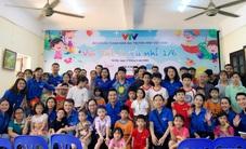 Vui Tết Thiếu nhi cùng Đoàn Thanh niên VTV tại Trung tâm nuôi dưỡng trẻ em mồ côi Hà Cầu