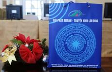 Bên trong túi quà Đài PT-TH Lâm Đồng dành tặng đại biểu tham dự LHTHTQ 38 có gì?