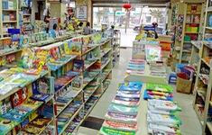 Cần cấm triệt để đưa sách tham khảo vào trường học