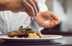 Giảm ăn muối từ khi lựa chọn thực phẩm và chế biến món ăn