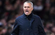 FA ra án phạt, Mourinho nguy cơ vắng mặt trận gặp Chelsea