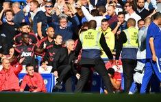 """Mourinho thừa nhận thiếu kiềm chế khi đòi """"tẩn"""" trợ lý HLV Chelsea"""