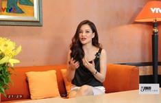 MC Huyền Châu khoe tài thiết kế với BST thời trang bất đối xứng