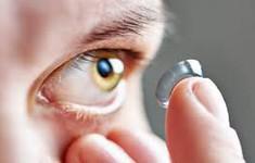 5 sai lầm khi đeo kính áp tròng có thể làm hỏng mắt